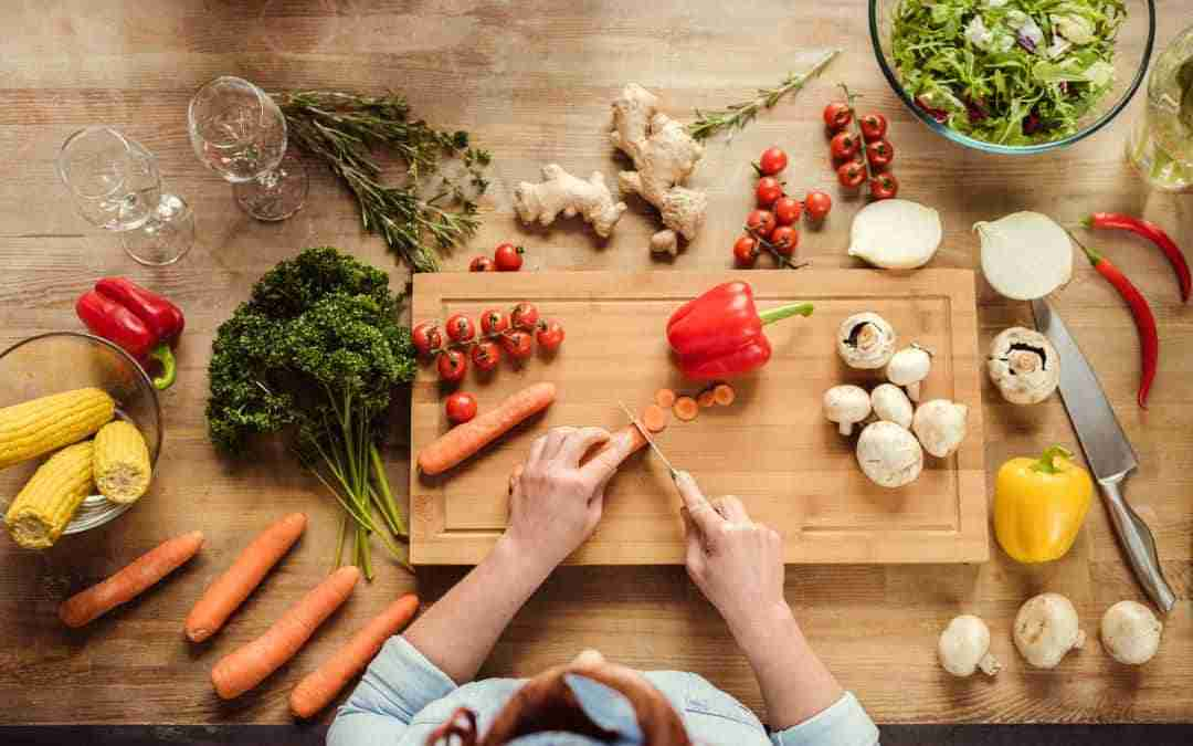 8 ways to eat more healthy food very easily